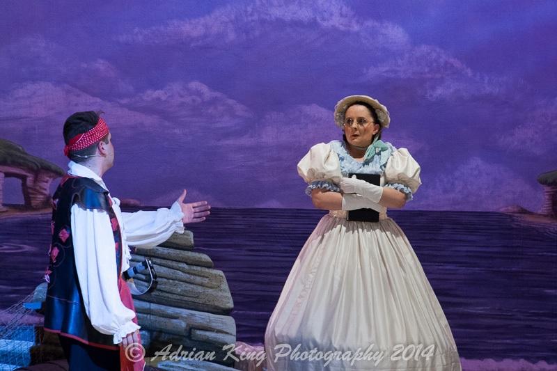 20141021_Pirates-Dress-Rehearsal_9711