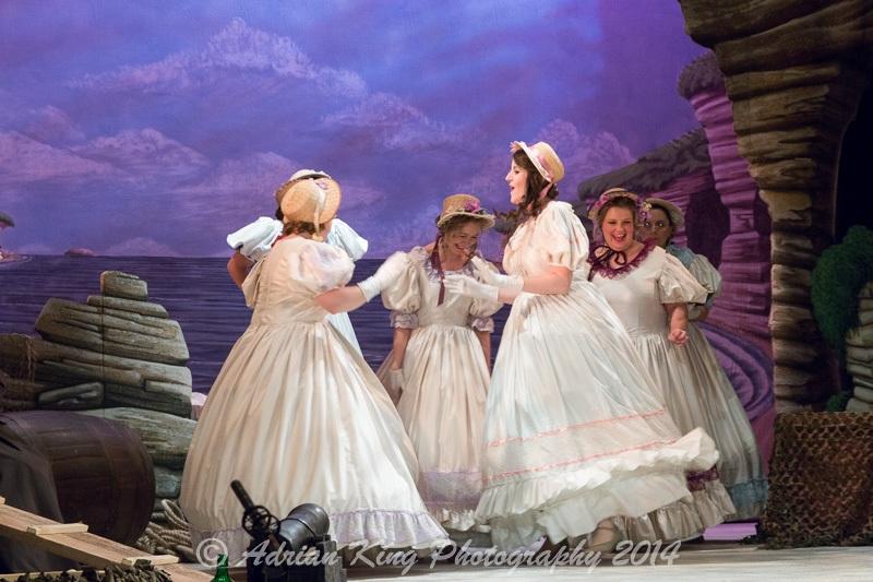 20141021_Pirates-Dress-Rehearsal_9819