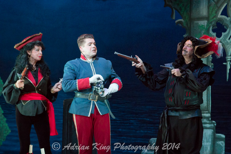 20141021_Pirates-Dress-Rehearsal_10178