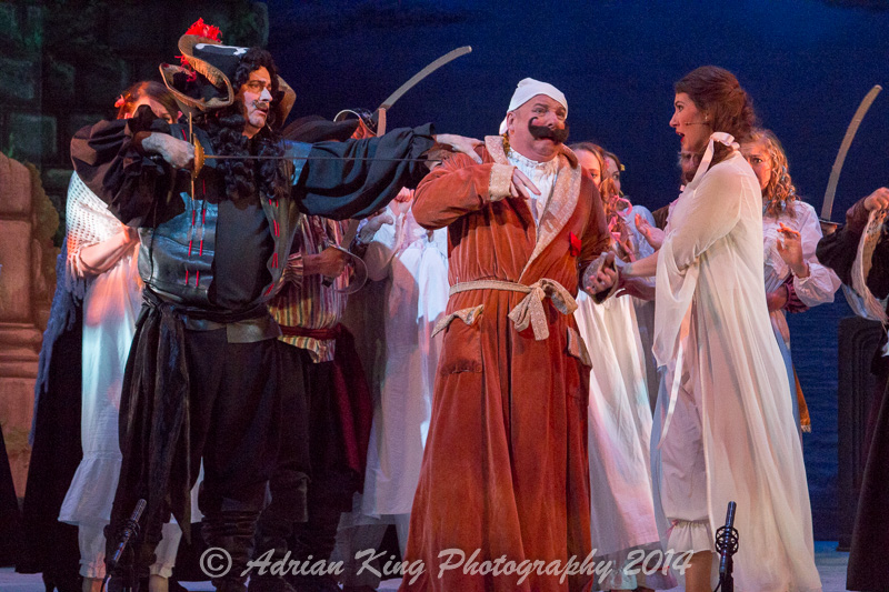20141021_Pirates-Dress-Rehearsal_10386