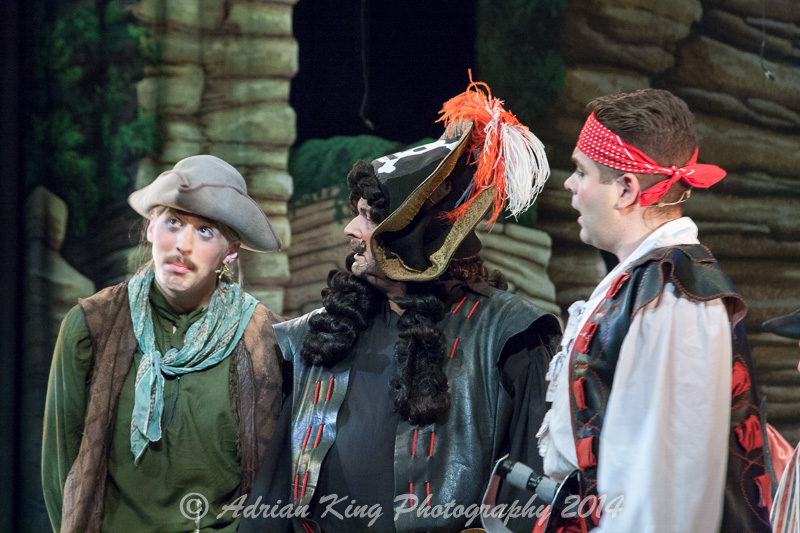 20141021_Pirates-Dress-Rehearsal_9676