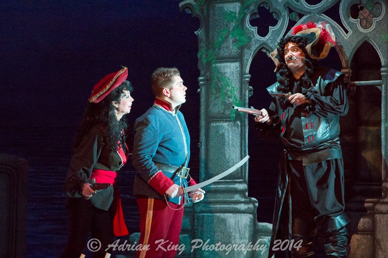 20141021_Pirates-Dress-Rehearsal_10154
