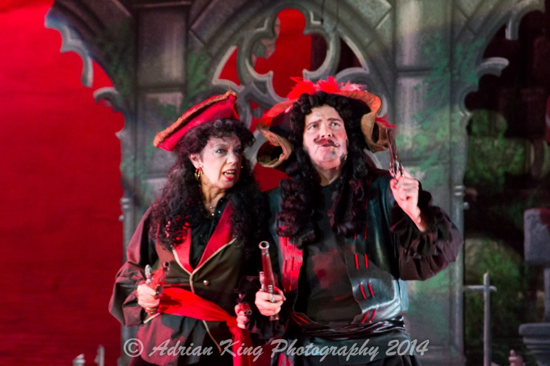 20141021_Pirates-Dress-Rehearsal_10188