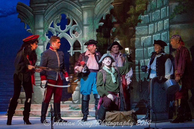 20141021_Pirates-Dress-Rehearsal_10333