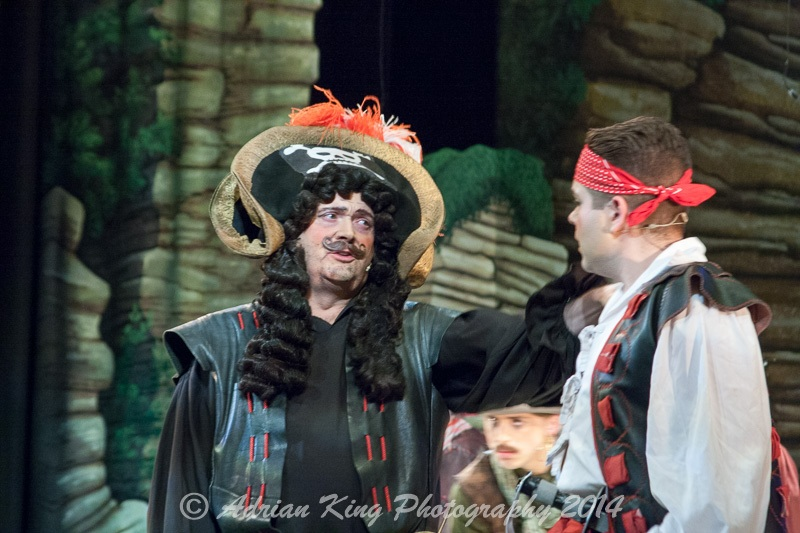 20141021_Pirates-Dress-Rehearsal_9674